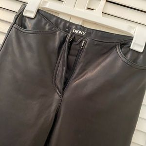 DKNY BUTTERSOFT LEATHER SIZE 2